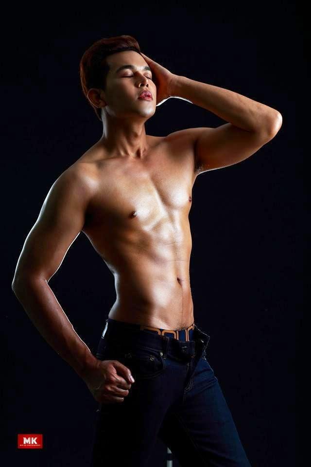 M y a n m a r H u n k s: Sexy Myanmar Model Romeo @ Arts