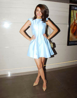 Actress Surveen Chawla Latest Pictures in Silk Short Dress at Lakme Fashion Week 2015  6