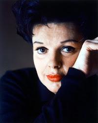 Judy Garland canta By Myself