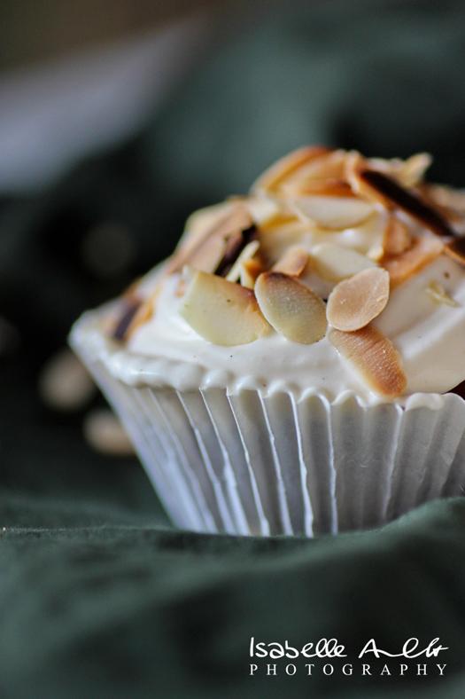 Apfel-Mandel Cupcakes mit Vanille-Creme © Überseemädchen
