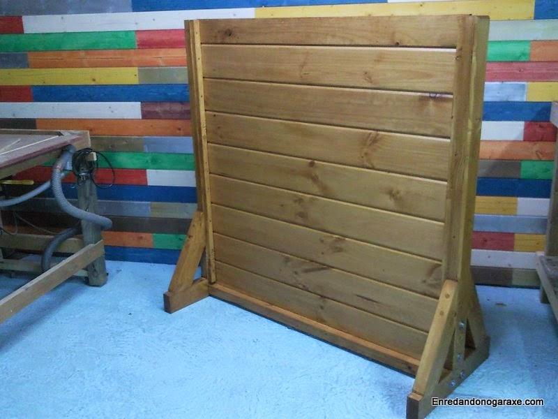 Valla de madera para saltos de perro. Enredandonogaraxe.com