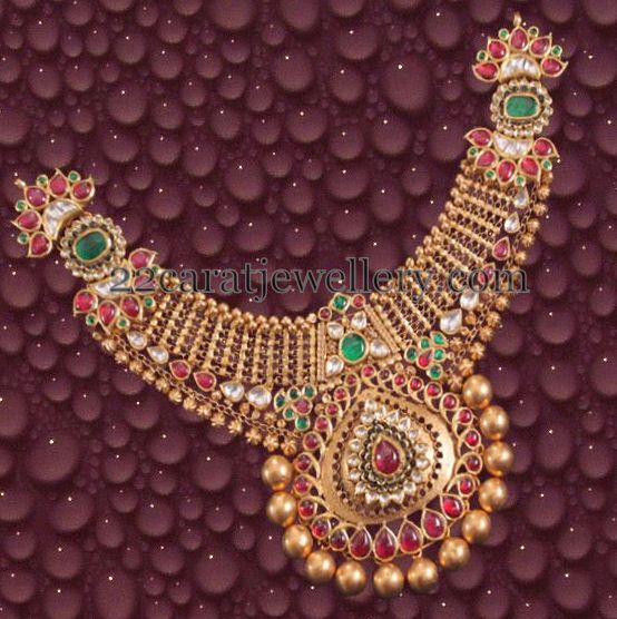 Neck Size Broad Kundan Necklace