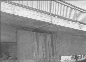 Mala ejecución de una junta de dilatación en puente