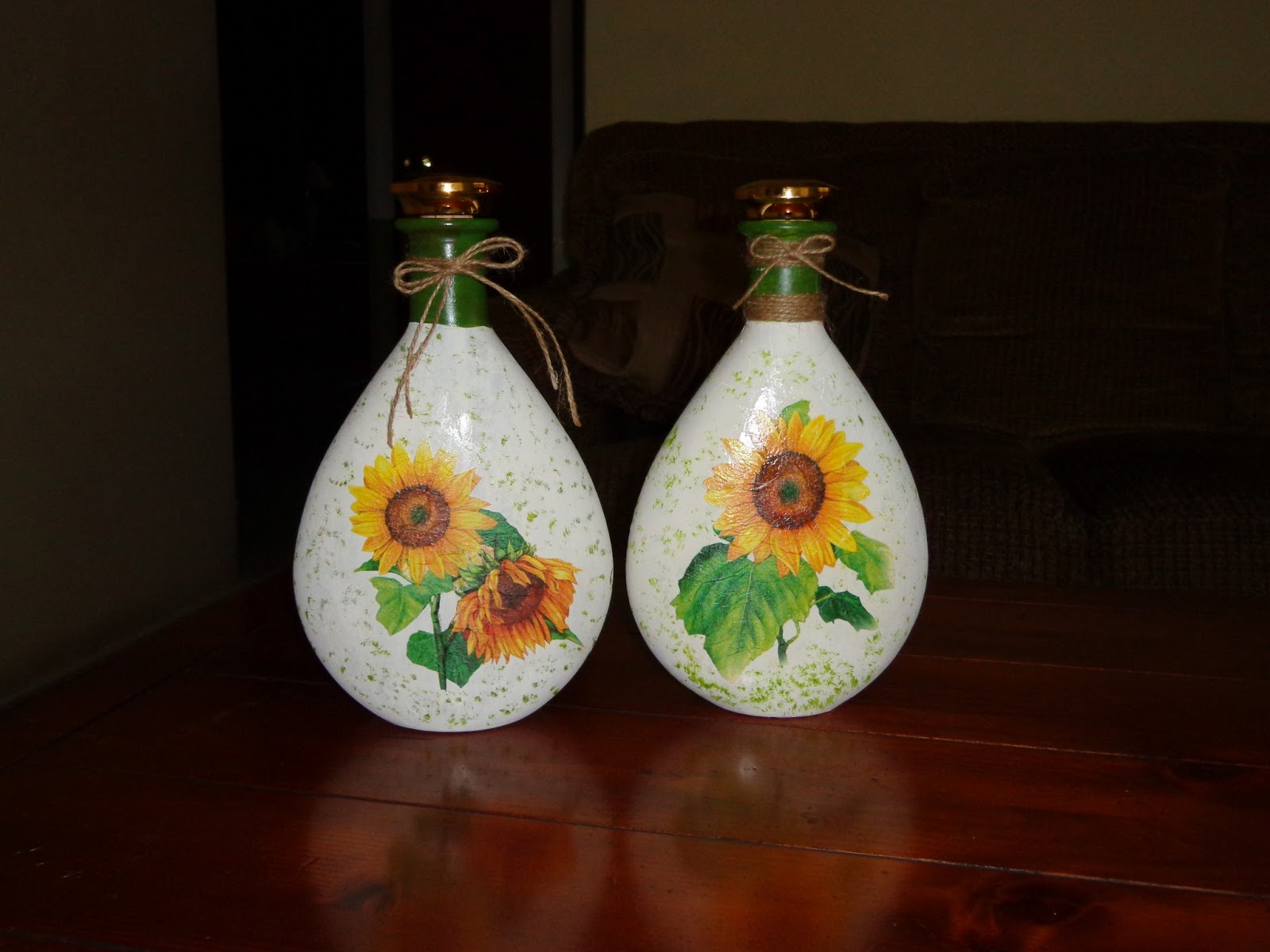 Ideas Country y algo más...: Botellas decoradas con decoupage