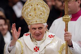 Bento XVI pede menos egoísmo