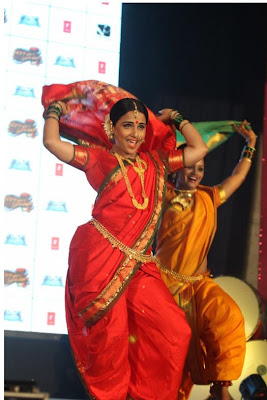 "viday balan dancing at the launch of lavani song mala jau de from ""ferari ki sawaari"" movie latest photos"