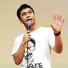 Kumpulan Video Raditya Dika Di Stand up comedy