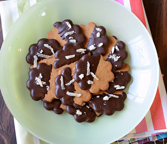 dark chocolate dipped cookie, ginger and chocolate cookie recipe