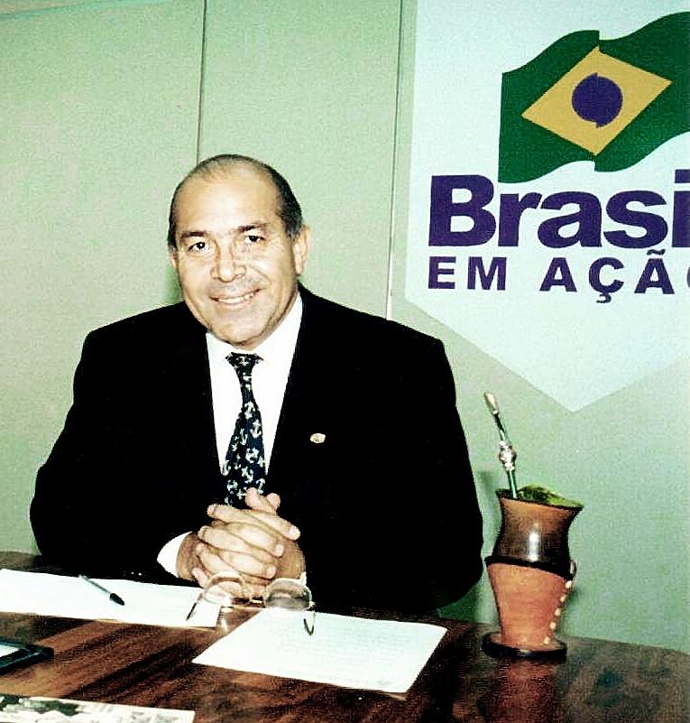 Ministro Padilha prevê 80% da BR-101 até dezembro