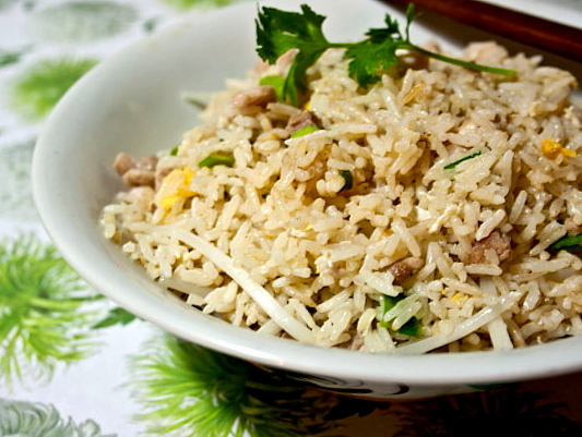 3 hungry tummies fried rice with salted fish and chicken for Fish fried rice