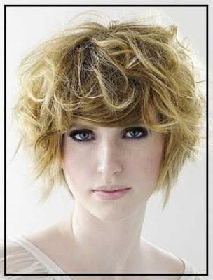Model wavy untuk rambut shaggy pendek 3265448