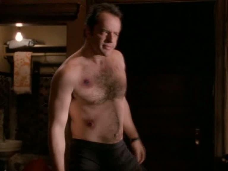gil bellows young naked