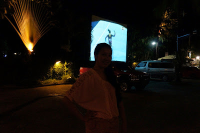 Kinabuchs Grill and Bar Outdoor TV