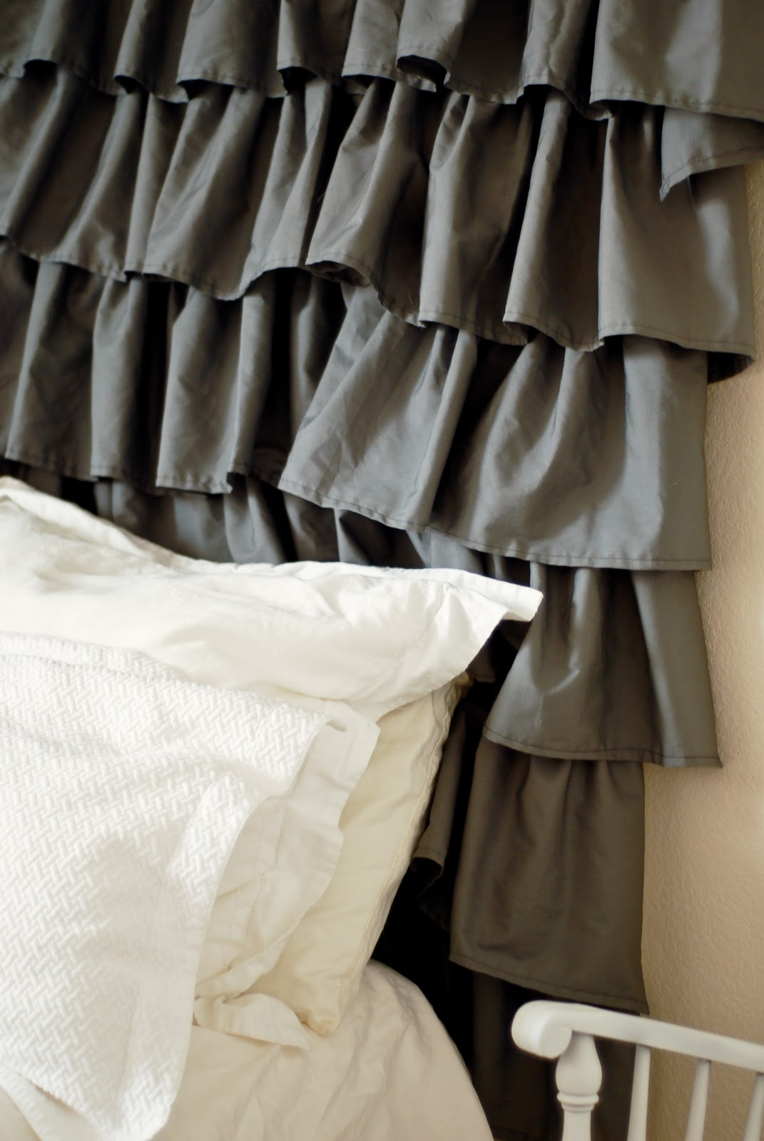 ruffle headboard tutorial