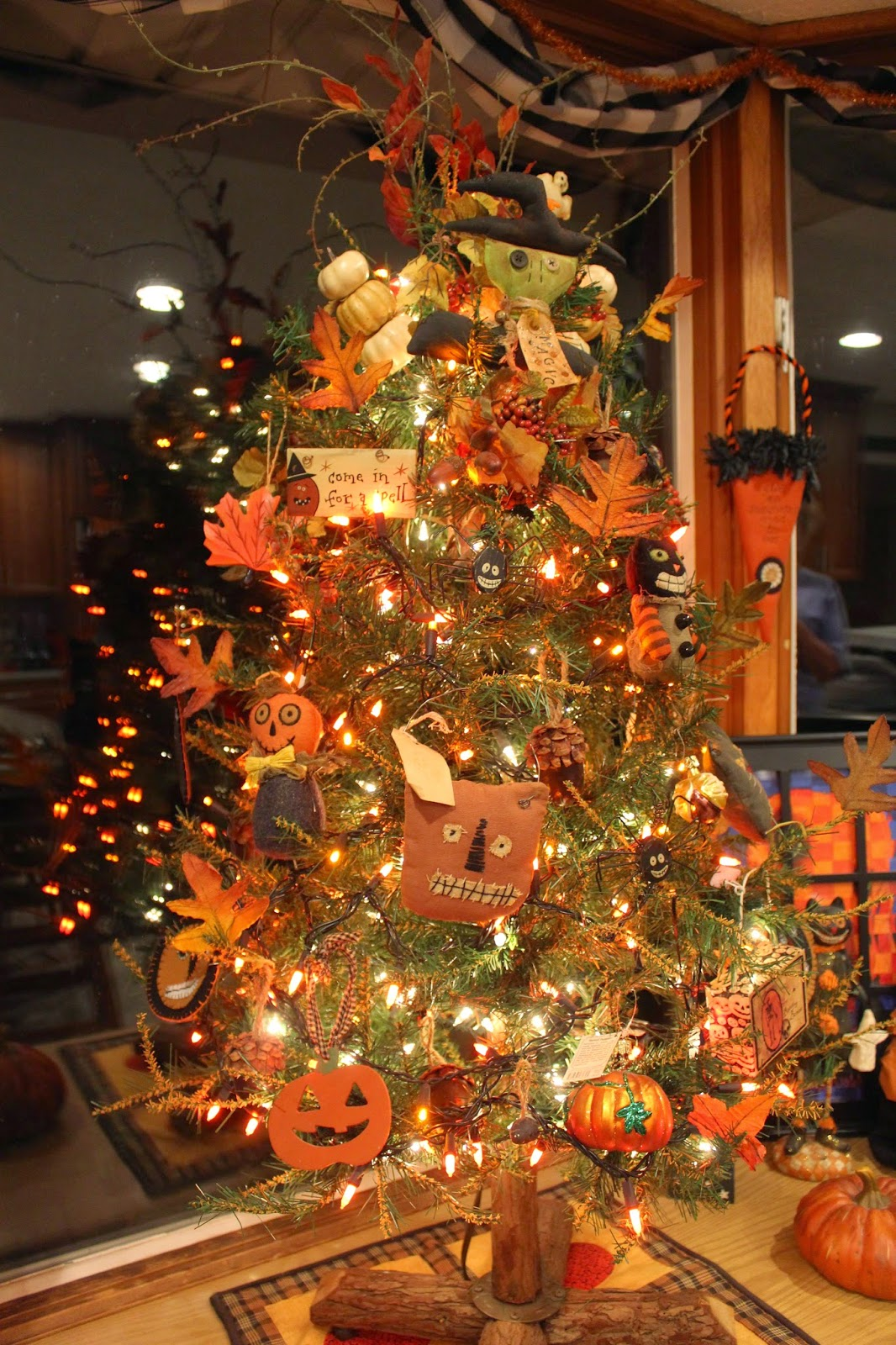 decorating a tree for autumn or halloween
