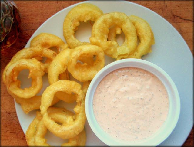 krążki cebulowe, onion rings, przepis na sos tysiąca wysp