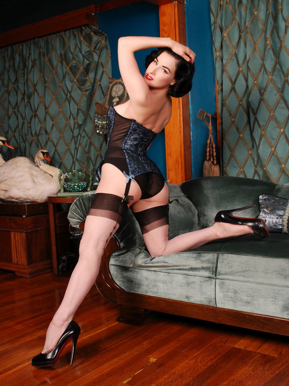 Dita Von Teese Secrets Photoshoot In Lace