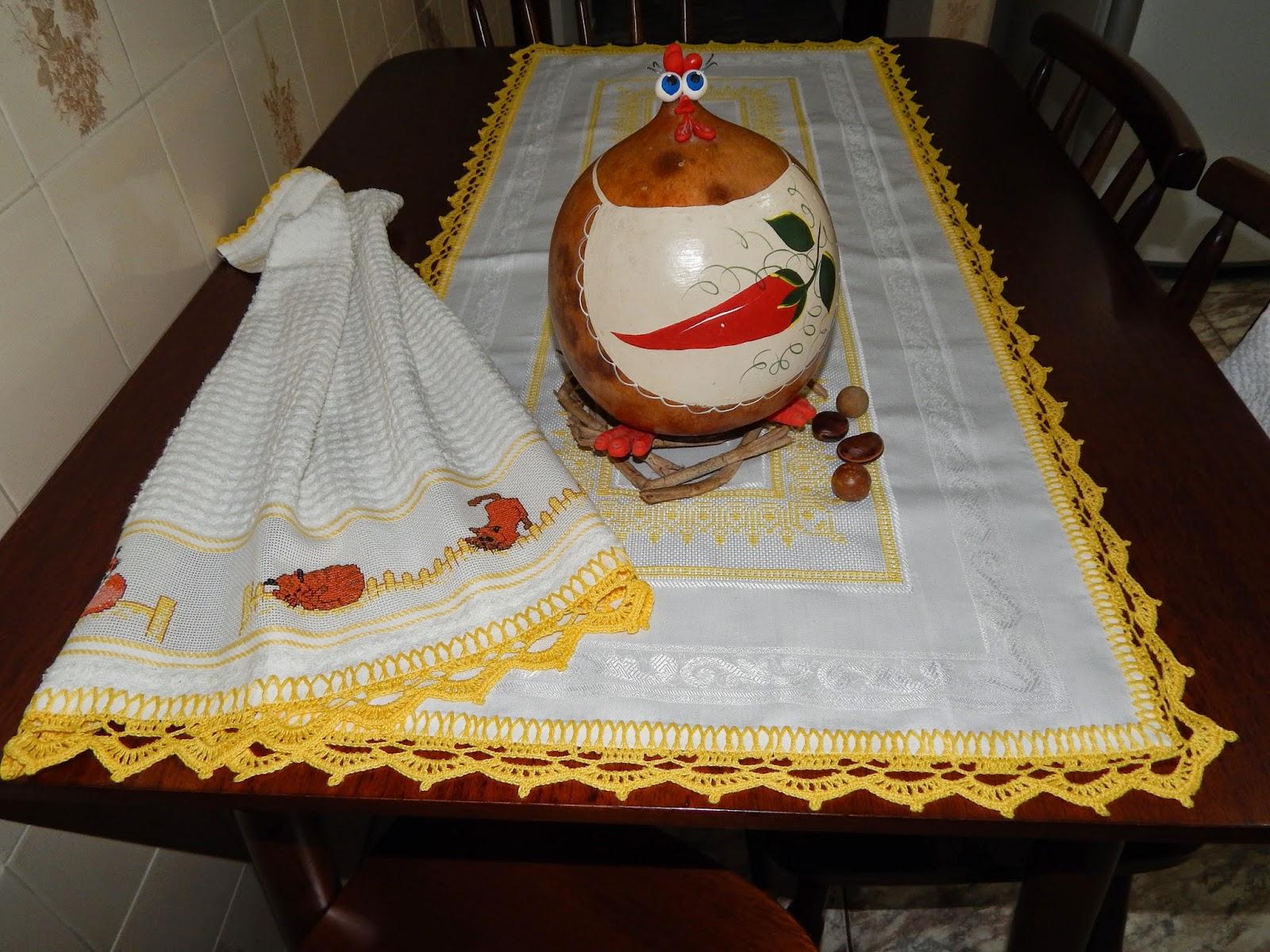 Aparador Com Gavetas Para Quarto ~ La'Sus Artesanatos Toalhas de mesa e guardanapos (croche e bordado)