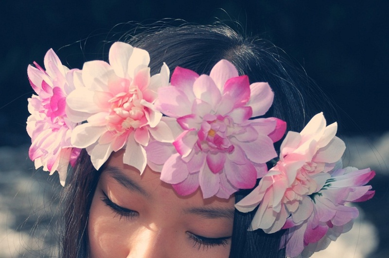 DIY floral crown, floral crown, floral garland, flowers, etsy, lana del rey, coachella