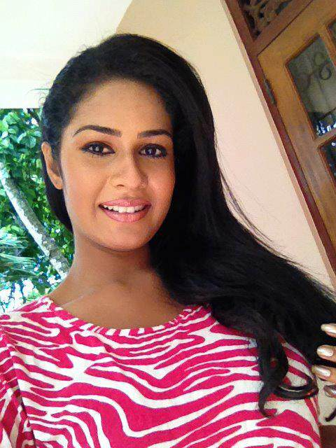 Sri Lankan sexy girls : srilankan sexy girls boobs