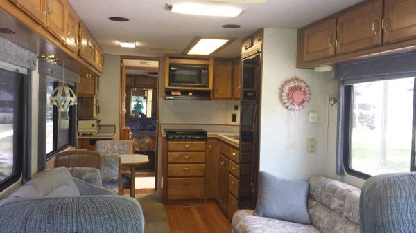 Used Rvs 1994 Safari Kalahari Edition Rv For Sale By Owner