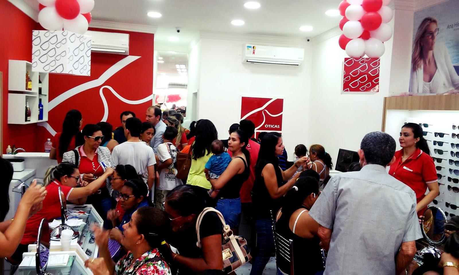 A loja Óticas Diniz está localizada na Avenida Senador João Câmara, no  centro da cidade em frente ao Banco do Brasil. VENHA CONFERIR OQUE ESTAMOS  DIVULGADO. 2a41d1e316