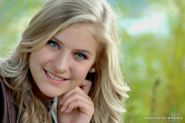Close Up of Senior Picture of Girl Columbus, OH