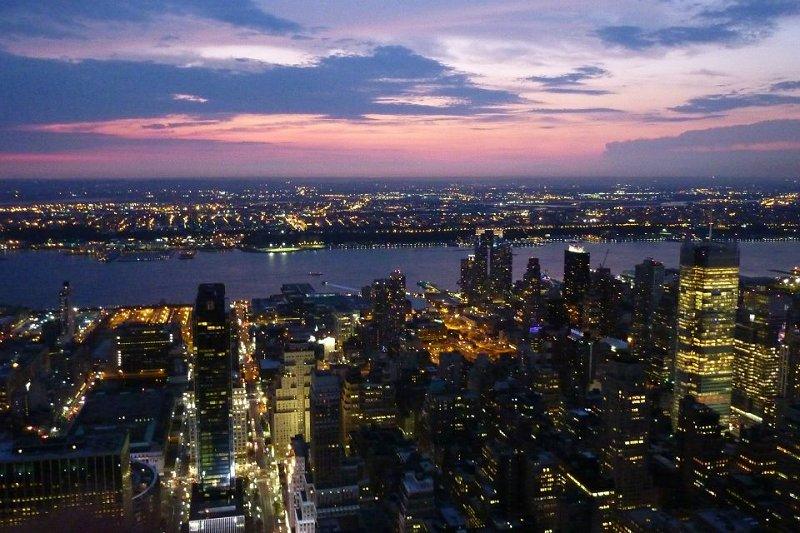 New York empire tramonto