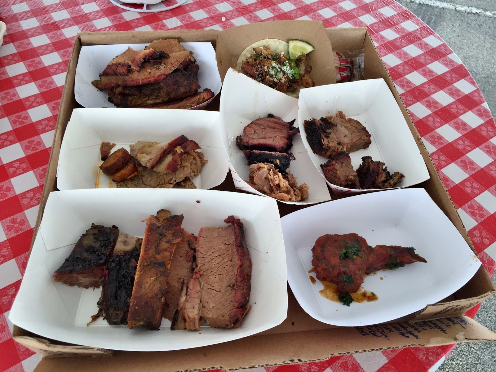 A trayful of meat at Houston BBQ Festival
