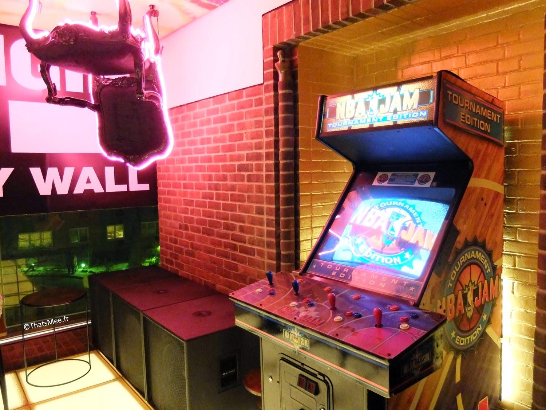Half and Half Bar Hudson Hotel Morgans group New-York Jeux Arcade NBA Jam