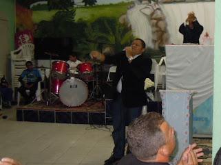 CANTOR JOSE ANTONIO NA ZONA OESTE DE SP.