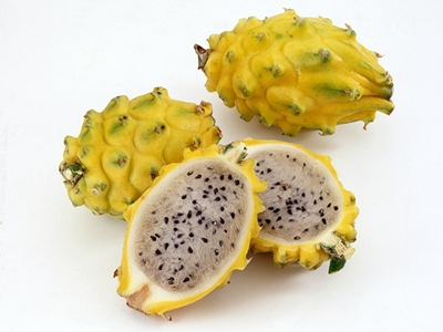 แก้วมังกร (Dragon Fruit / Pitaya) @ www.thiswomansword.com