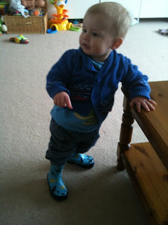 daddacool: His first pair of wellies