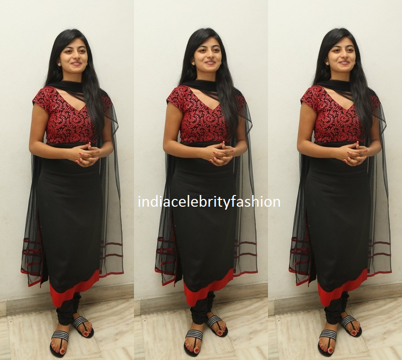 Anandhi in Simple Black Salwar