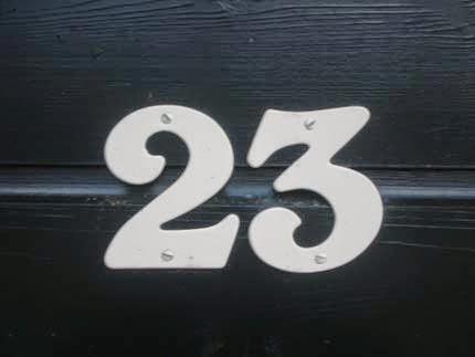 23 Azul