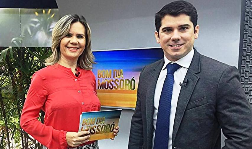 EMANUELA DE SOUSA NA TV TCM MOSSORÓ