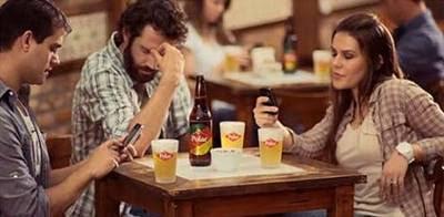 Brasileiro está mais mal educado com uso de smartphones
