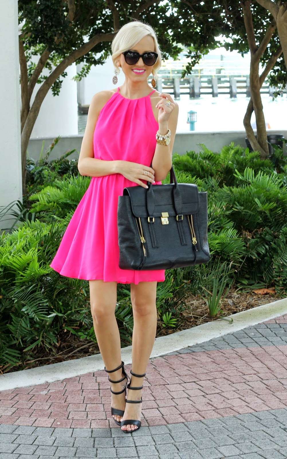 A Spoonful of Style: Hot Pink...