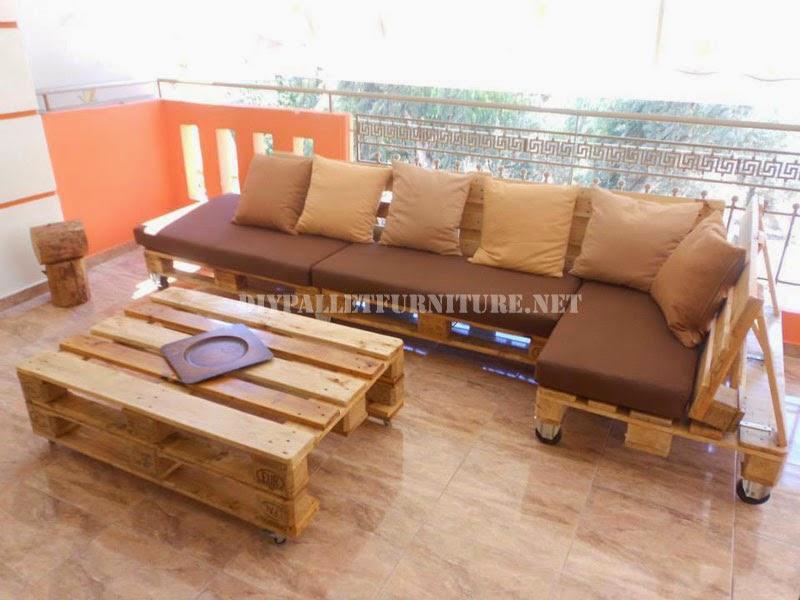 Sofa para terraza hecho con palets Sofa de palets exterior