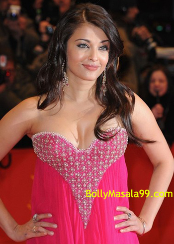 ollywood Girls, Bollywood Masala, Bollywood Scandals