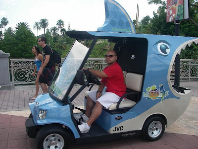 Unusual Golf Carts and Creative Golf Cart Designs (12) 10