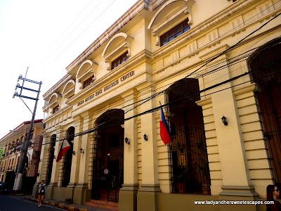 Bahay tsinoy at Intramuros