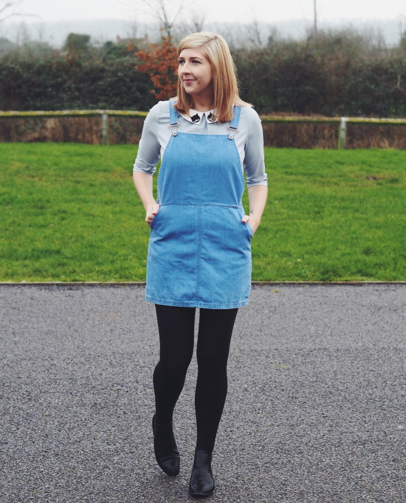 newlook, denimpinafore, pinaforedress, wiw, whatimwearing, sugarhillboutique, sugarhillboutiquecattop, asseenonme, ootd, outfitoftheday, lotd, lookoftheday, ASOS, chelseaboots, perterpancollar, fbloggers, fblogger, fashionblogger
