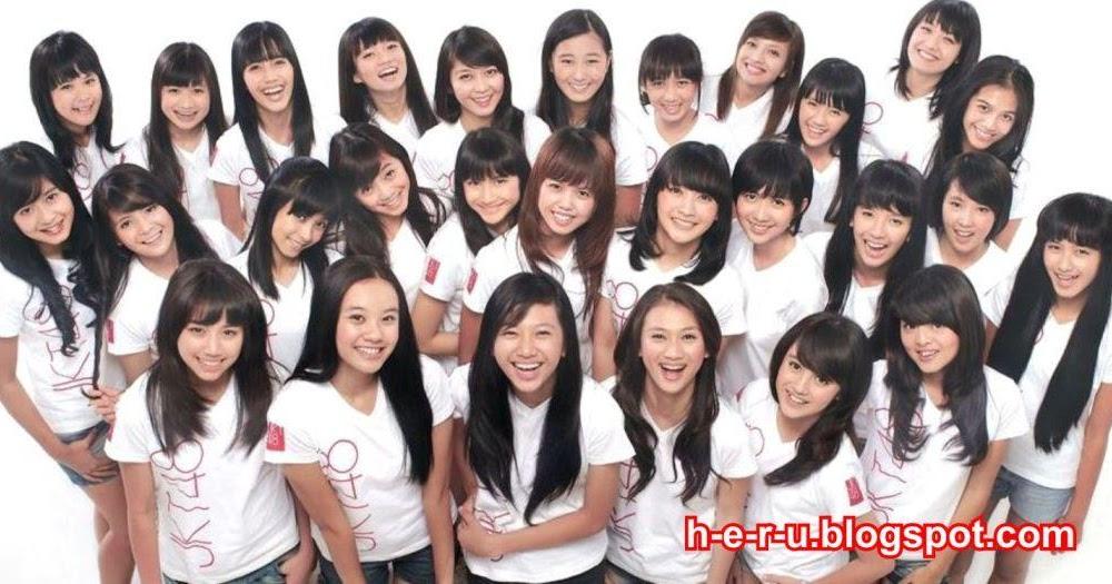 Foto Profil Terbaru Personil JKT48 dan Biodata Feri Mei Sandi