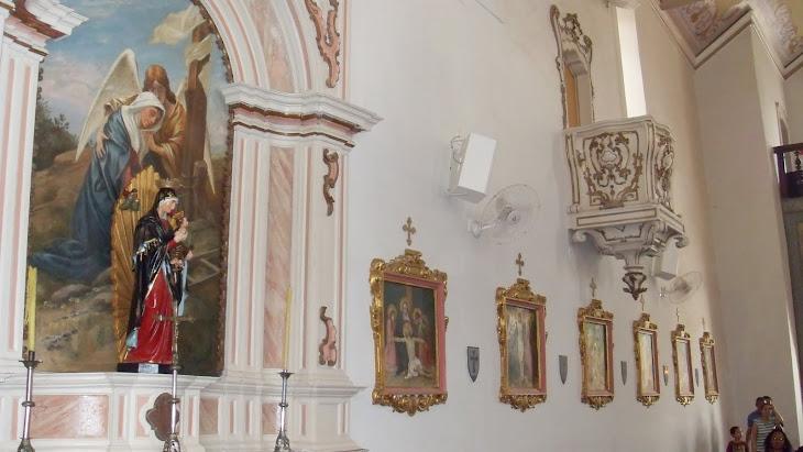 retábulo lateral direita, da nave central