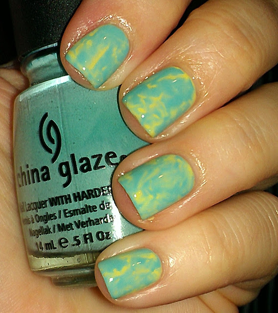 plastic wrap mani manicure
