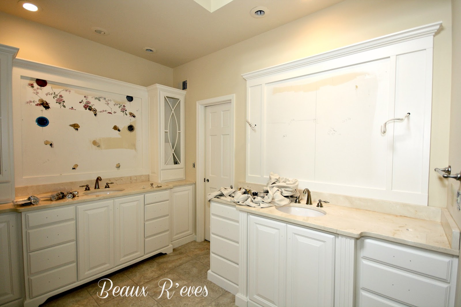 Bathroom with White Trim and Cabinet
