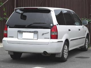 automotive  mitsubishi chariot