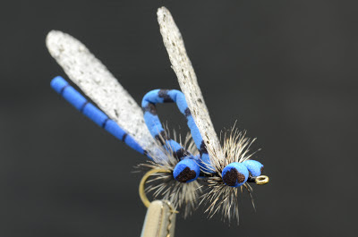 mating damsel fly pattern