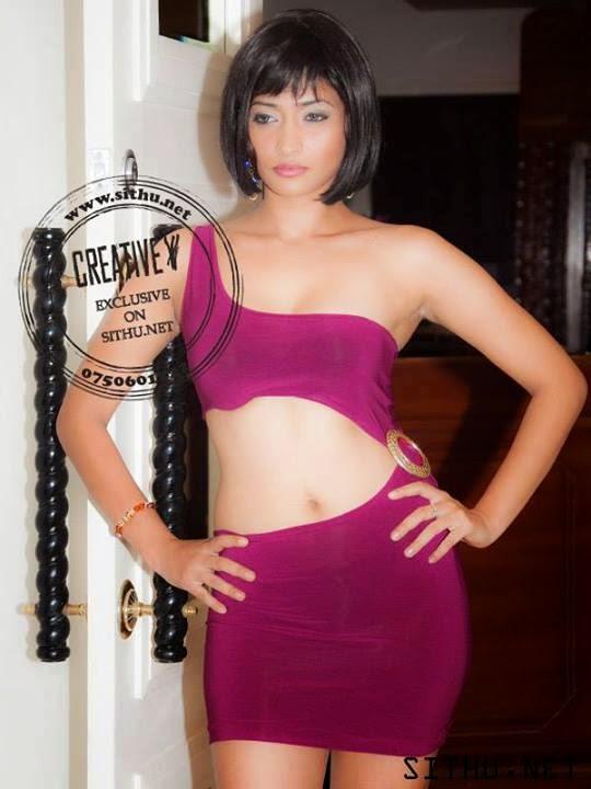 Tania Deen sexy